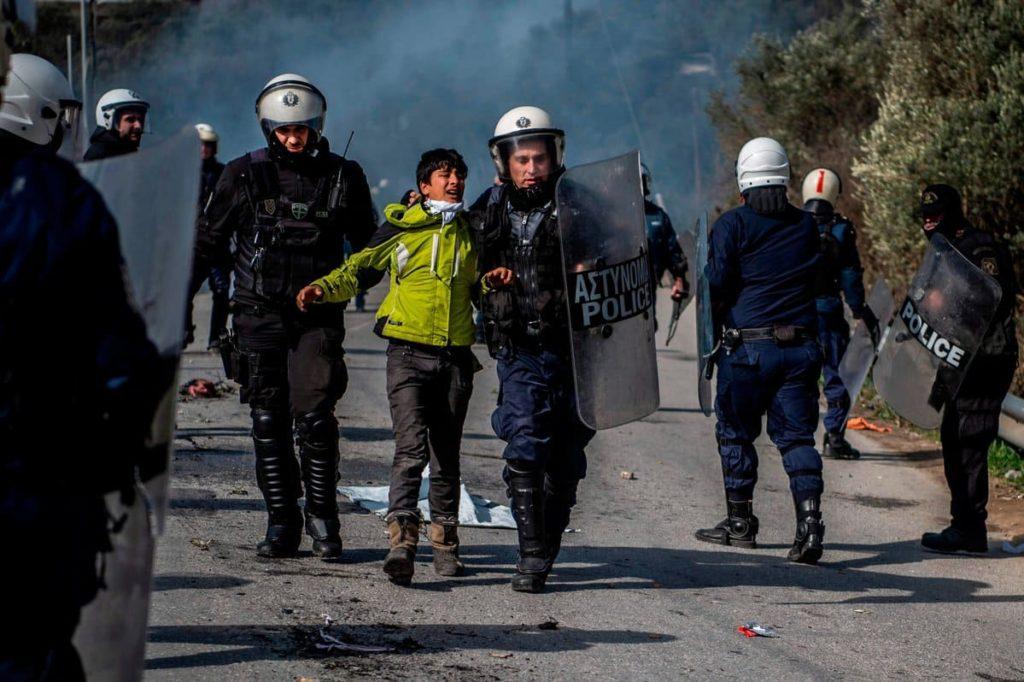 Grecia violenza migranti