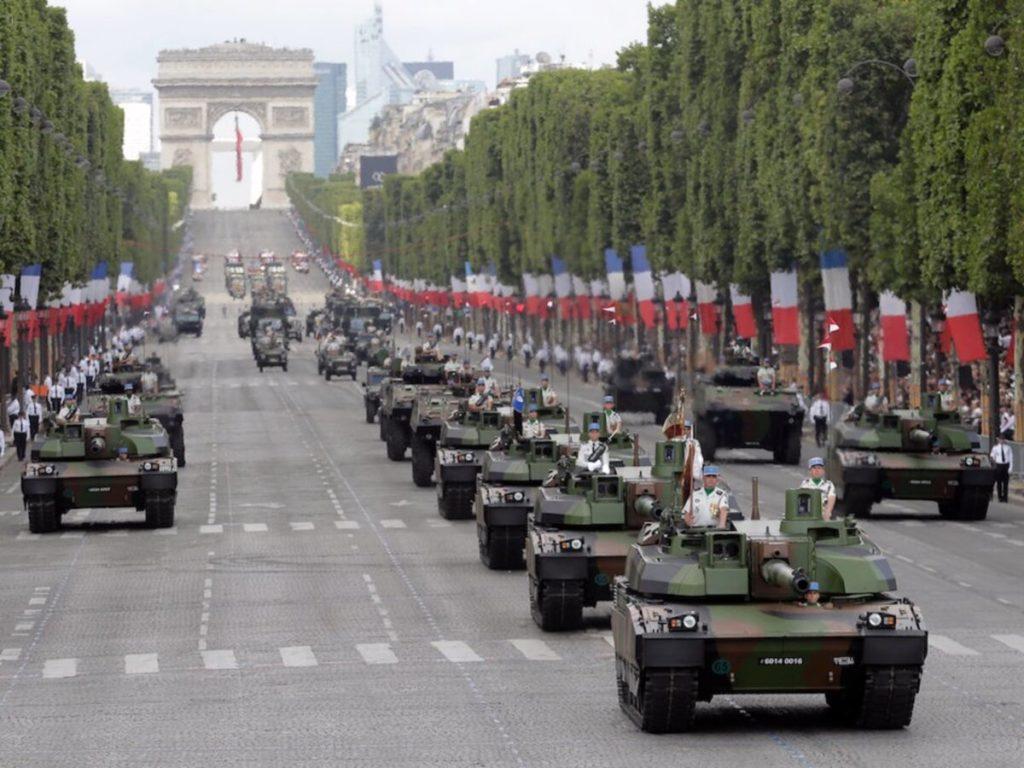 Questa immagine ha l'attributo alt vuoto; il nome del file è esercito-francia-1024x768.jpg