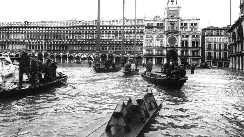 Venezia_alluvione_Piazza San Marco_4 novembre 1966