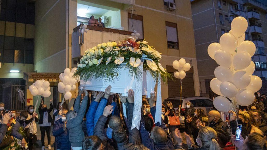 Ylenia Bonavera_i funerali