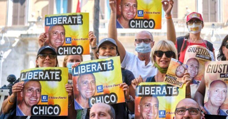 Come Chico Forti altri italiani prigionieri.