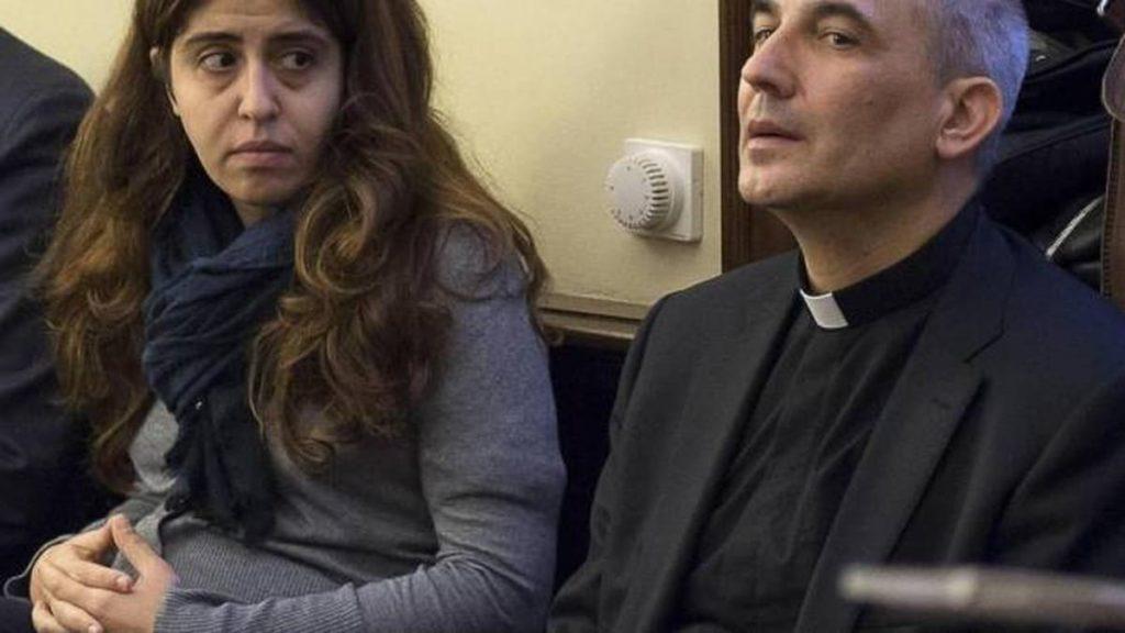 Papa Francesco_Lucio Vallejo Balda e Immacolata Chaouqui