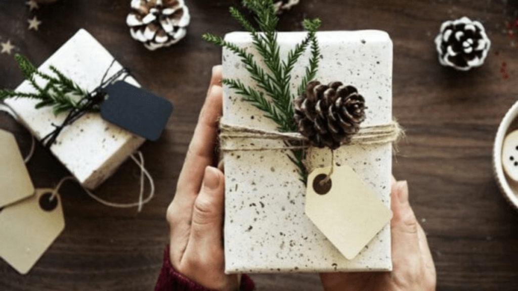pacco regalo natale moglie medio