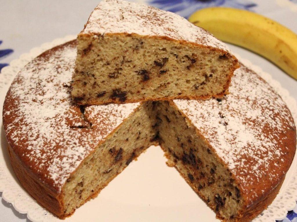 Ricette di dolci, torta banane e cioccolato.