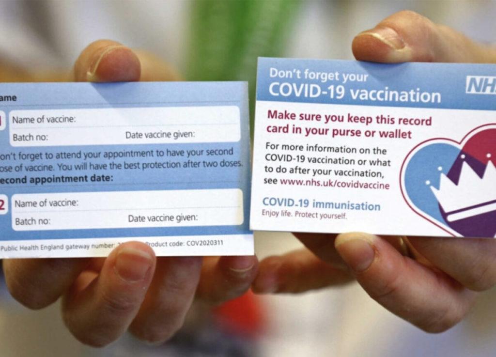 Zona rosso scuro e patentino vaccinale.