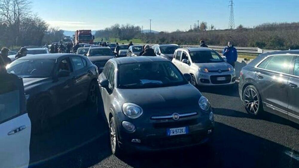 Ristorazione protesta in autostrada.