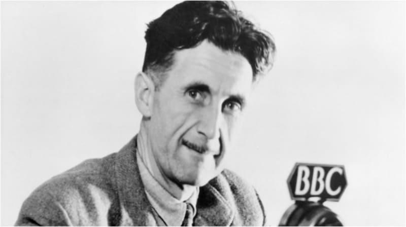 George Orwell, scrittore, ma anche giornalista, reporter, saggista, attivista e critico letterario britannico.