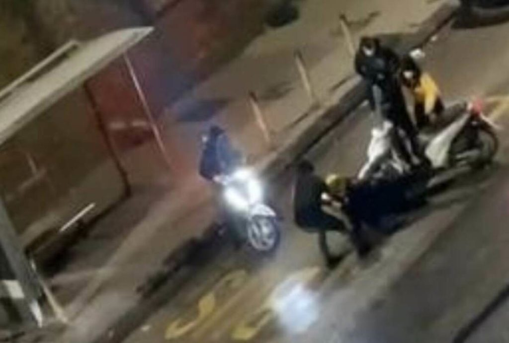 Rider picchiato a Napoli.