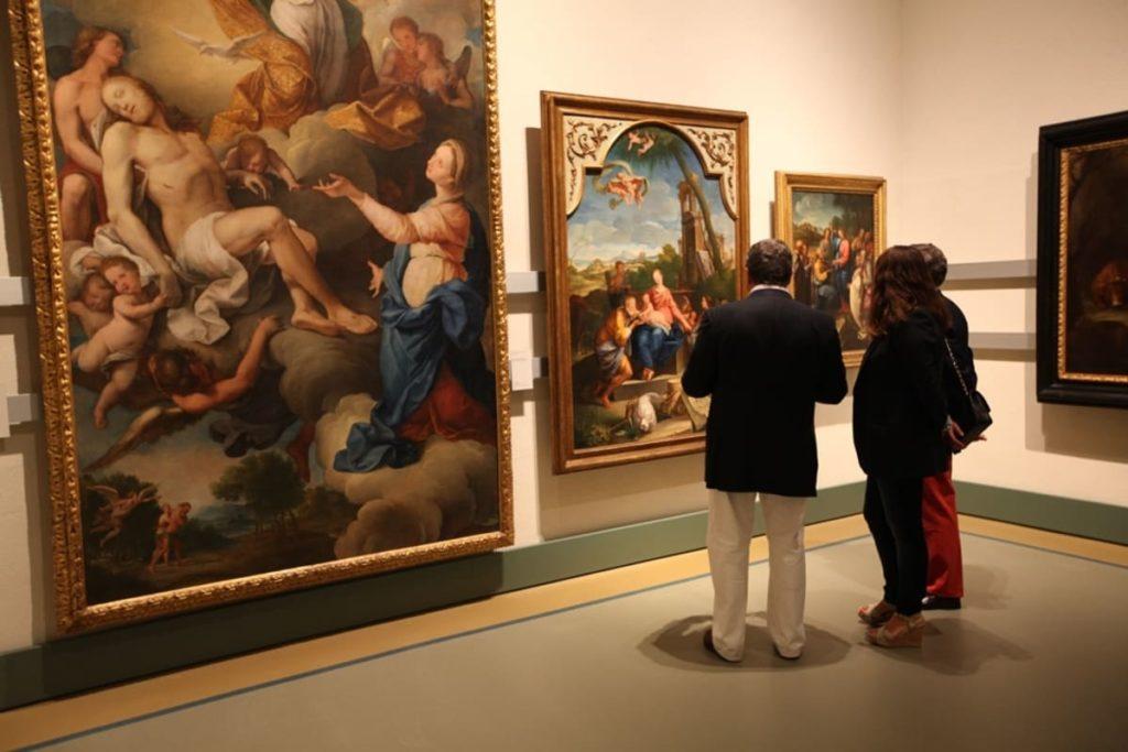 """I direttori dei musei sono quanto mai pronti, """"Riaprire non solo è possibile, ma è necessario""""."""