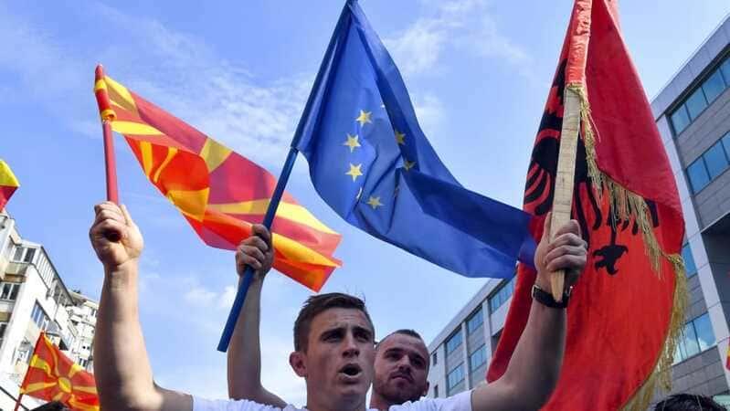 albania terra promessa pensionati italiani