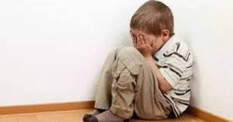 Contro il suicidio giovanile, reparti psichiatria minorile in Italia: solo 92 posti letto.