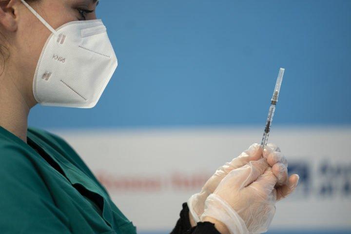 vaccino astrazeneca ok ema