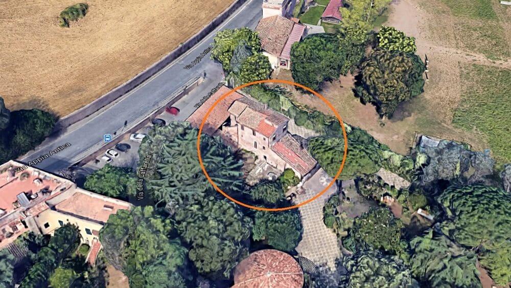 La Villa dei Mosaici dei Tritoni si trova in posizione strategica.