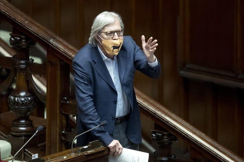 Vittorio Sgarbi_in Parlamento