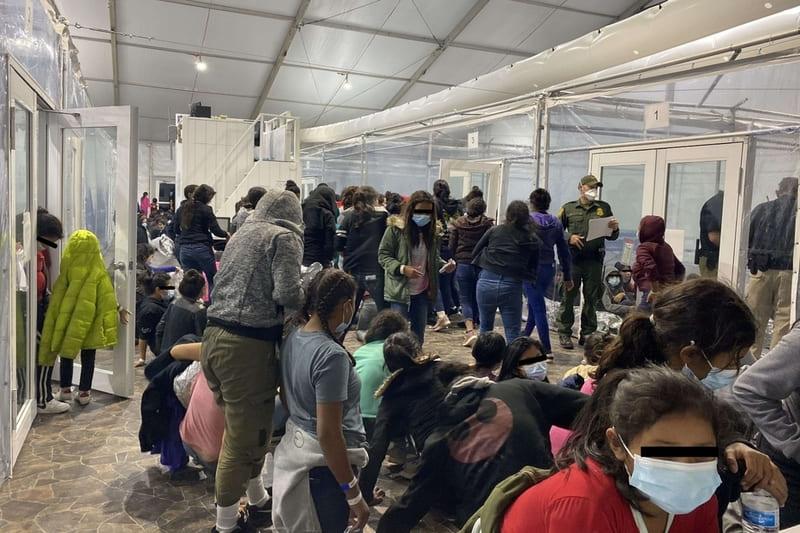 al confine usa-messico è crisi sanitaria