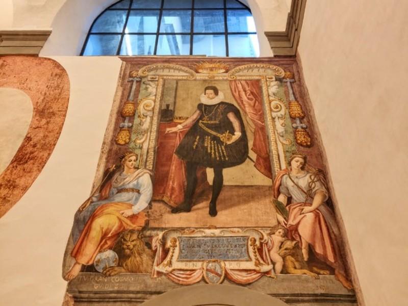Nuovi Uffizi e suoi tesori nascosti: Ferdinando I e Cosimo II de' Medici in affresco.