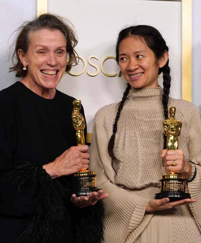 La Cina censura Chloé Zhao: il film premio Oscar minaccia la sicurezza nazionale.