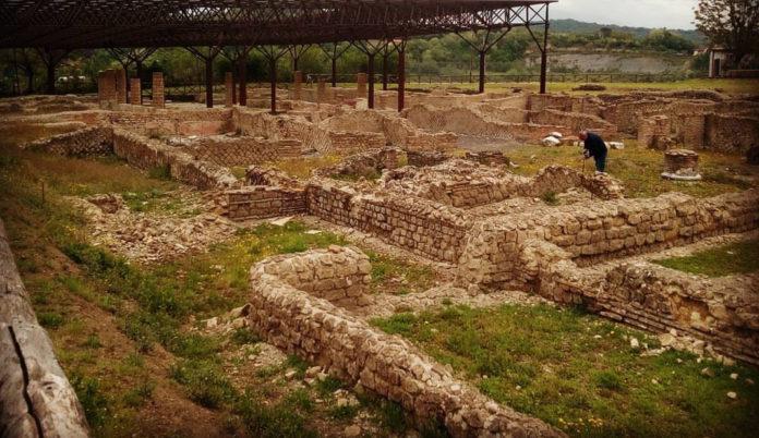 anfiteatro dell'antica Abellinum