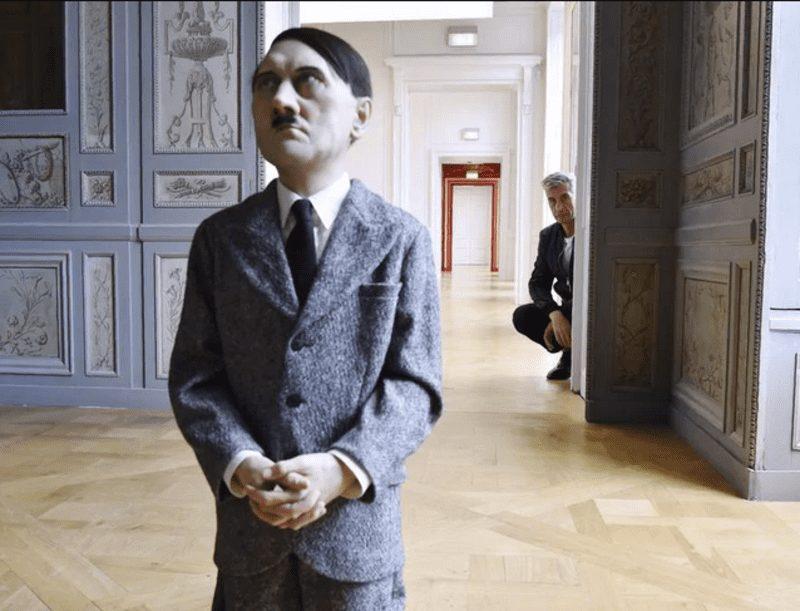 Cattelan a Milano con la sua arte eversiva e irriverente in oltre 30 anni di carriera.