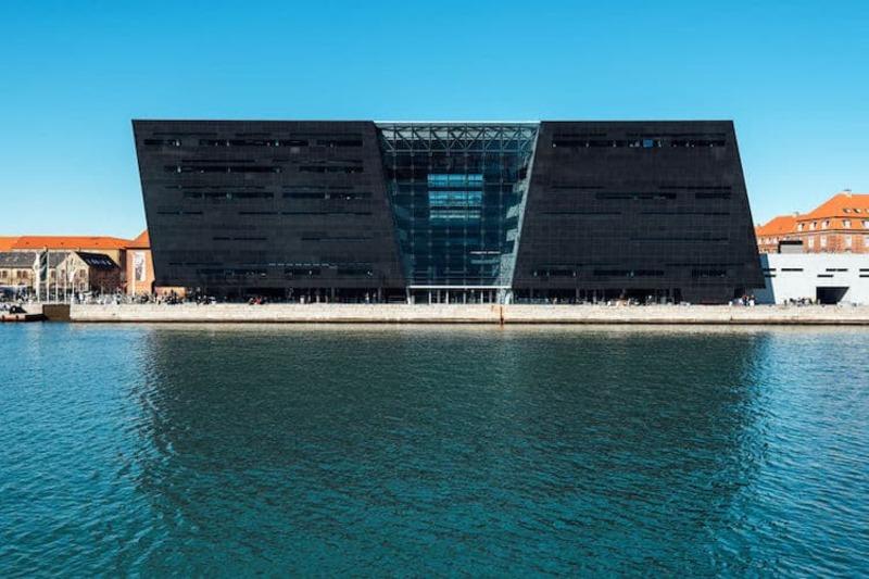 Giornata mondiale del libro 2021 a Copenaghen, Danimarca: la Biblioteca Reale.