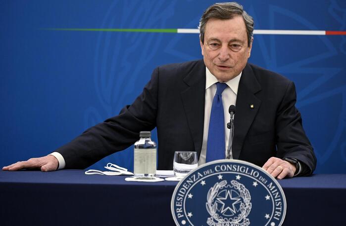 """Draghi sulle riaperture: """"Il Governo ha preso un rischio ragionato"""""""