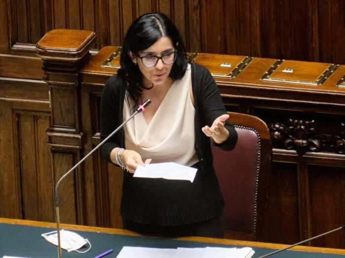 """Test antidroga ai parlamentari, Dadone: """"Non assumo sostanze stupefacenti, i miei detrattori possono dire lo stesso?"""""""