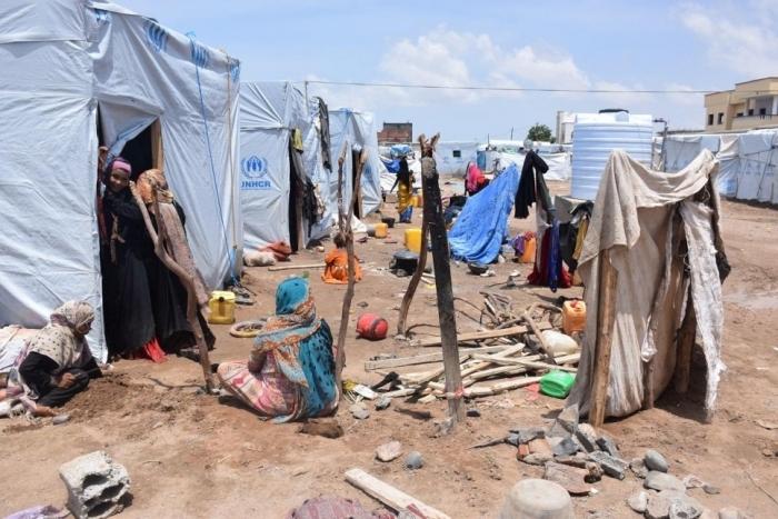 Guerra in Yemen: senza le risorse primarie circa l'80% della popolazione vive grazie ad aiuti umanitari