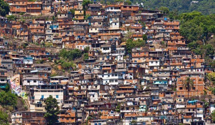 Crisi in Brasile: il Covid e il presidente Bolsonaro hanno quasi dato il colpo di grazia al paese