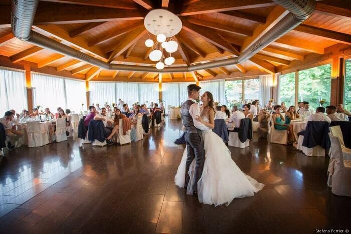 Riaperture lunedì 17 maggio: le richieste di ristoratori, settore wedding e lavoratori di palestre e parchi divertimento
