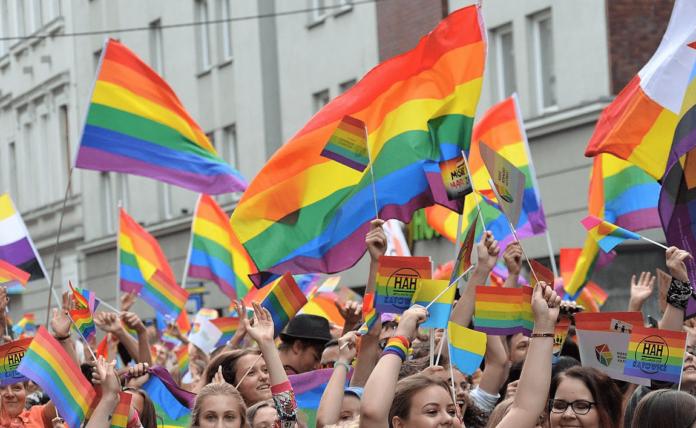 Essere omosessuali è reato?