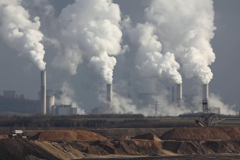 Shell dovrà dimezzare le emissioni di carbonio: come cambieranno le cose a partire da domani?