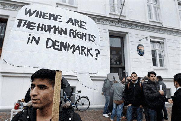La Danimarca blocca i migranti: critiche dalla comunità internazionale