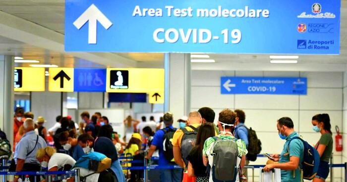 Variante Delta in Italia: verso la quarantena per chi arriva dal Regno Unito