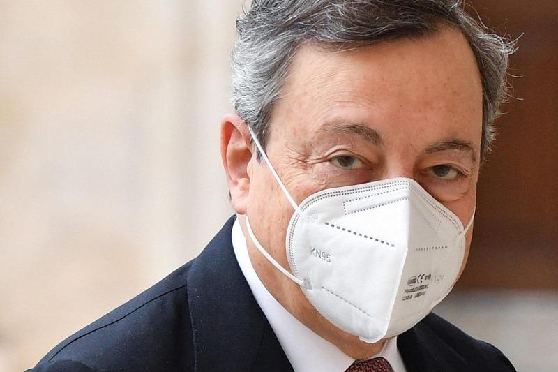 Mario Draghi annuncia e promette milioni di vaccini donati dall'Italia