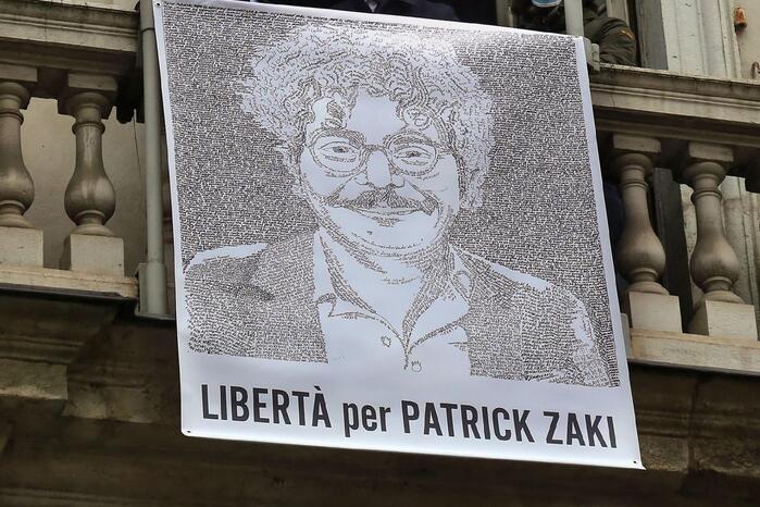 Inizia il processo a Zaki: udienza rinviata al 28 settembre