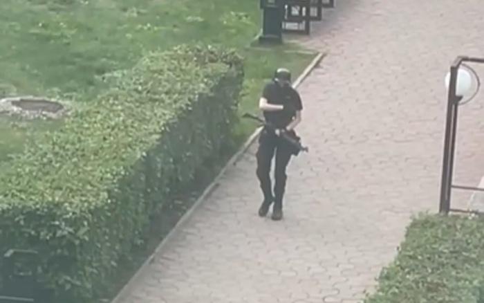 """Russia, sparatoria all'università a Perm: 8 morti e 24 feriti. Il killer : """"Non è un attentato"""""""
